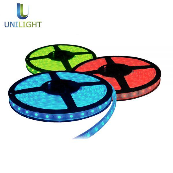 Nasze #taśmy #LED doskonale sprawdzają się do #oświetlenie #Baru #LightsOut #light : @ http://www.unilight.com.pl/pl/wybierz-produkt/tasmy-led.html  #RGB