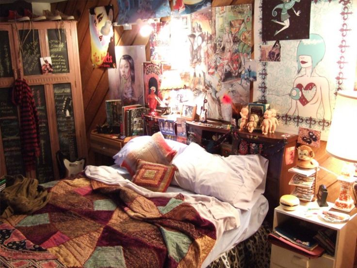 Juno's bedroom. Movie set.