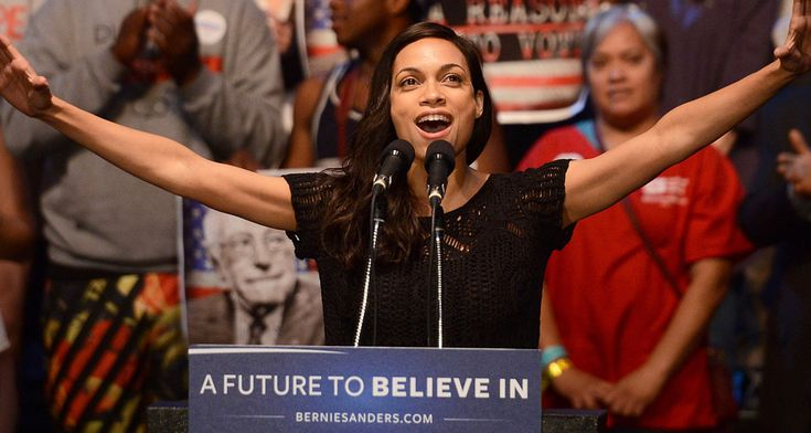 Rosario Dawson Introduces Bernie Sanders In San Diego – Watch Here!