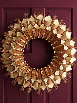 Thanksgiving Craft: Paper Cone Gratitude WreathThanksgiving Wreaths, Thanksgiving Crafts, Paper Cones, Paper Wreaths, Cones Wreaths, Christmas Holiday, Fall Wreaths, Cones Gratitude, Gratitude Wreaths