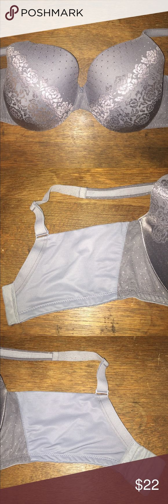 Soma gray Stunning Support bra 38G Very nice Soma bra.   Stunning Support No Show Minimizer.  38G.  Gray.  Some wear but has a lot of life yet.   Priced accordingly. Soma Intimates & Sleepwear Bras