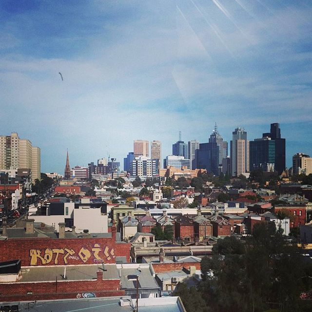 Great view❤ #greatview #nakedforsatan #coffee #bar #melbourne #fitzroy #melbournefitzroy #travel #backpacking #australia #city