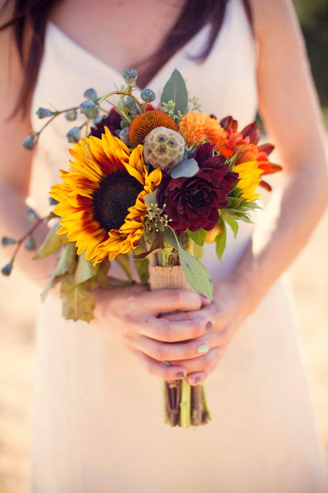 Best 25 sunflower wedding bouquets ideas on pinterest wedding 18 brilliant sunflower wedding bouquets for happy wedding see more junglespirit Image collections