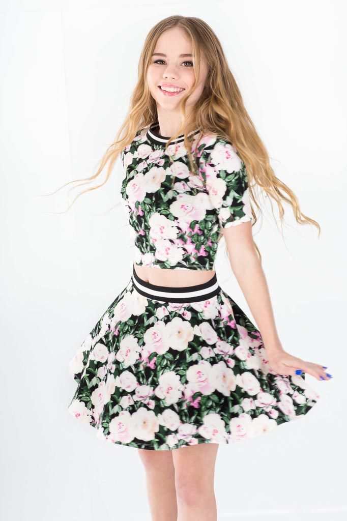 lexee looking cute