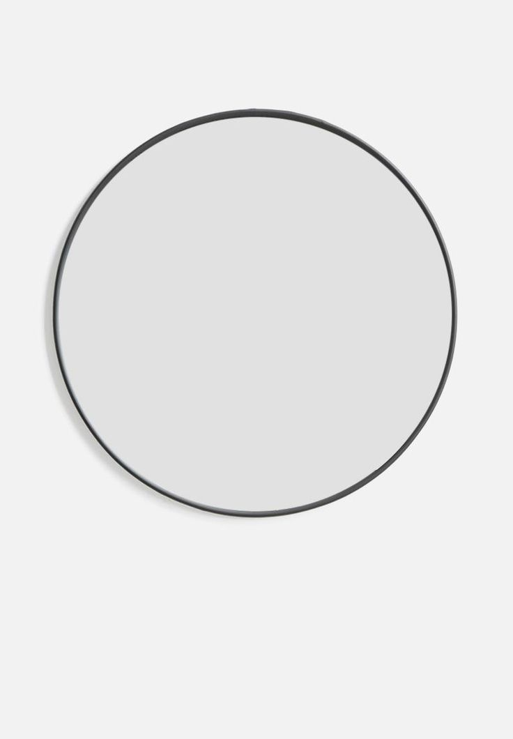 Iron round mirror