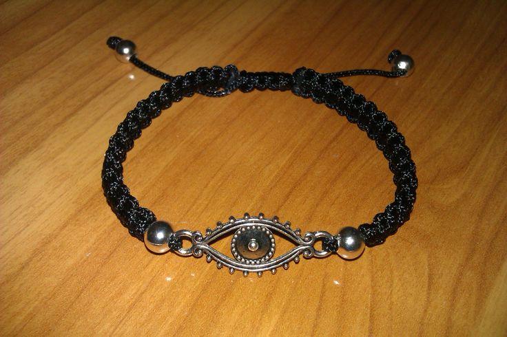 Black evil eye macrame bracelet by CC BRacelets