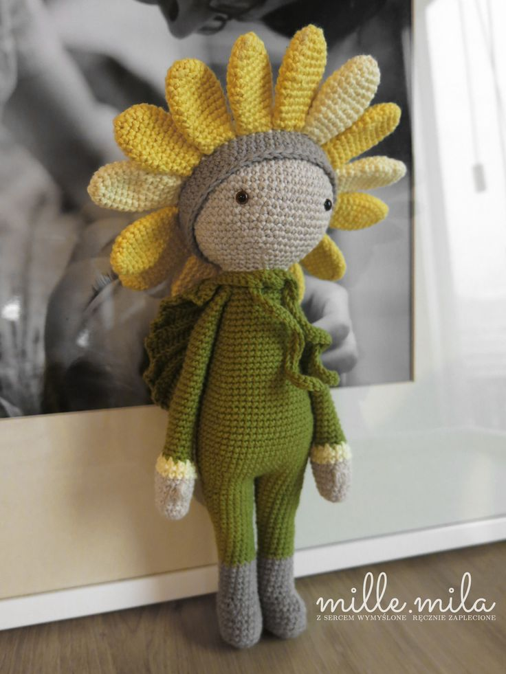Sunflower Sam flower doll made by Anna L - crochet pattern by Zabbez