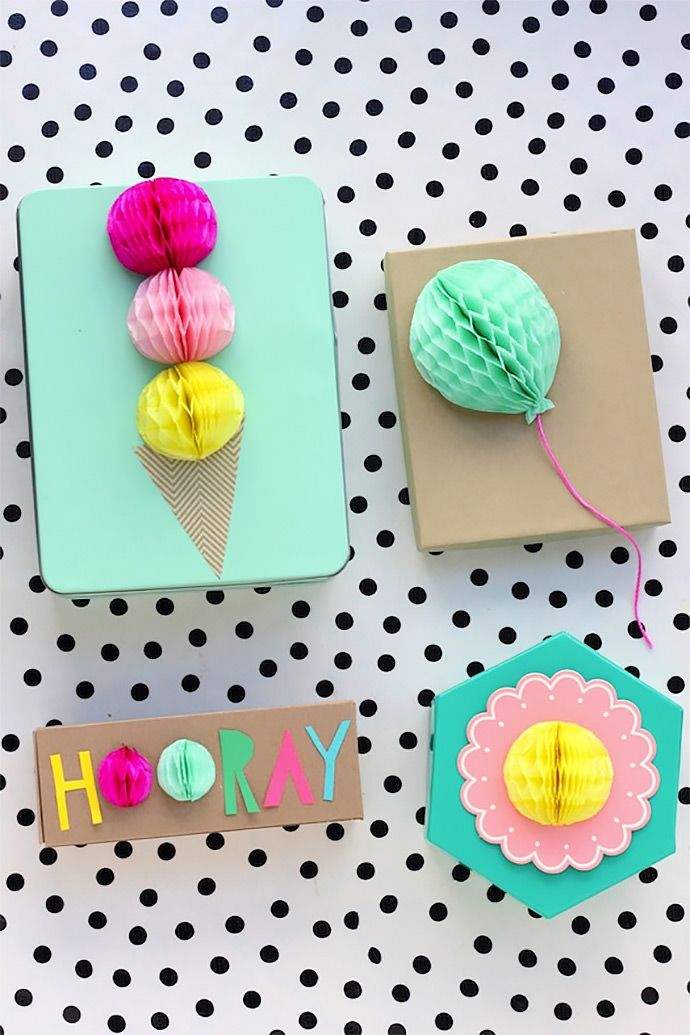 #DIY#Honeyomb Gift Toppers www.kidsdinge.com http://instagram.com/kidsdinge https://www.facebook.com/pages/kidsdingecom-Origineel-speelgoed-hebbedingen-voor-hippe-kids/160122710686387?sk=wall #kids #kidsdinge #toys #speelgoed