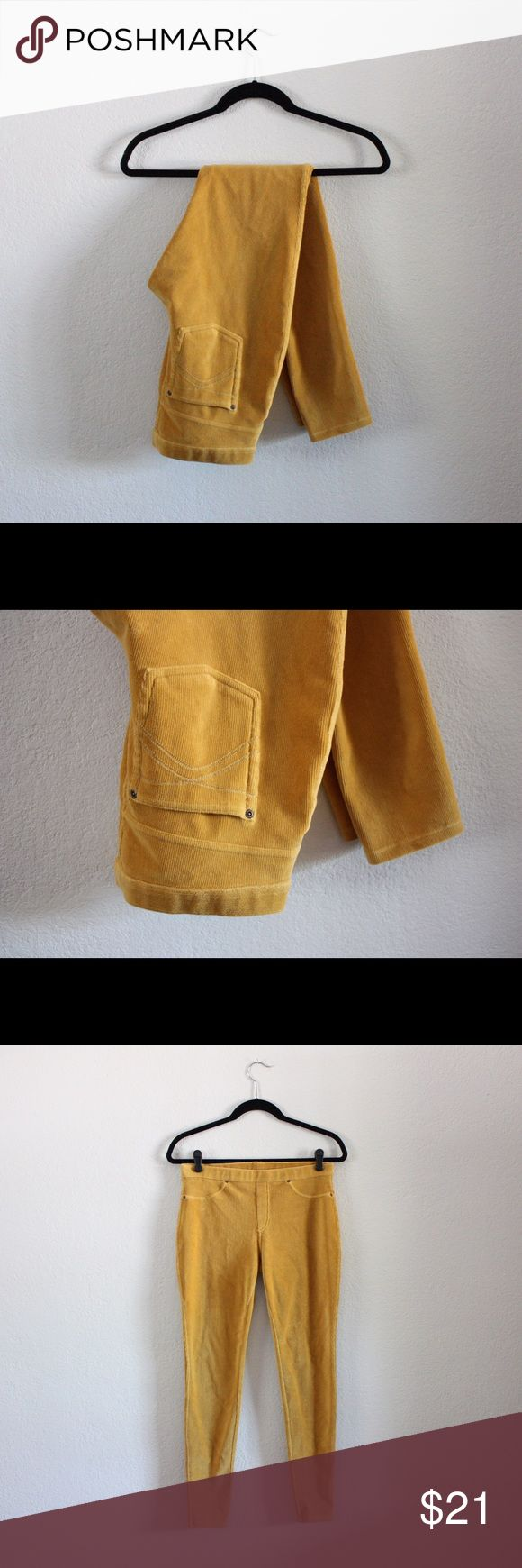 ✨Host Pick!!✨ Nordstrom Hue Corduroy Leggings 🎉Statement Style Party Host Pick🎉 These mustard Hue leggings are awesome. They're perfect for upcoming fall!! Really comfortable and stretchy! Make an offer or bundle to save!! 🎉⭐️💥 HUE Pants Leggings