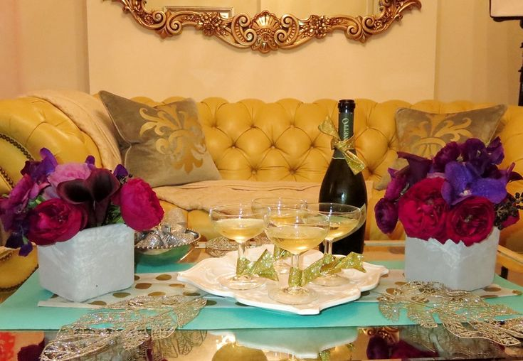 MG Holiday: 5 Decor Ideas For A Glam Holiday Cocktail Party #decor #home #holidaydecor #christmas