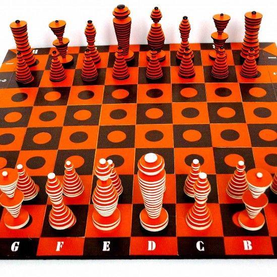 Trippy Chess Set