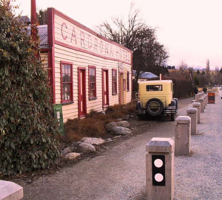 Back country pub, central Otago, New Zealand. A historic New Zealand icon close the ski fields.