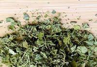 HomeMaker's DIY: Dried Fenugreek (Kasuri Methi) in 10 minutes - Mic...