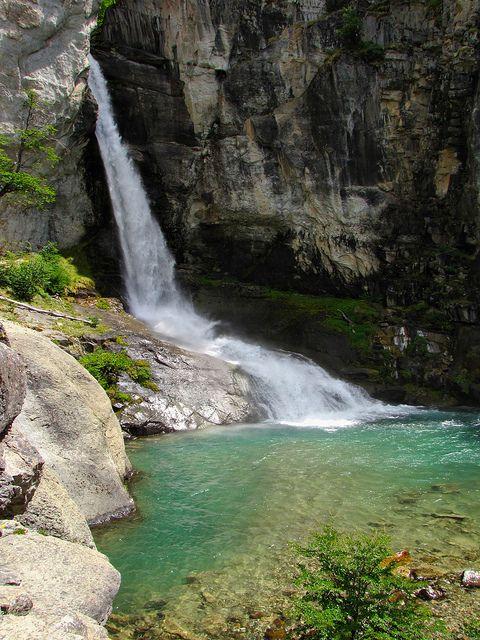 El Chorillo del Salto near El Chalten, Patagonia, Argentina (by mikemellinger).