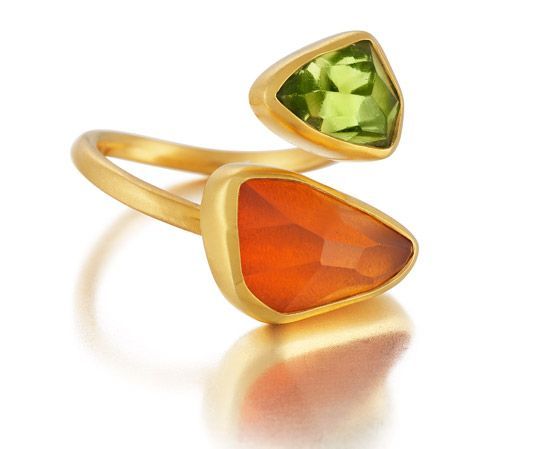 Symmetry: 18Kt Gold Ring with hand-cut Fire Opal and Peridot