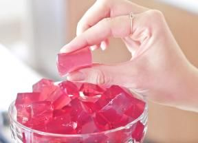 Bala de hibisco vai te ajudar a matar a vontade de comer doce nos dias de dieta - Gastronomia - Bonde. O seu portal
