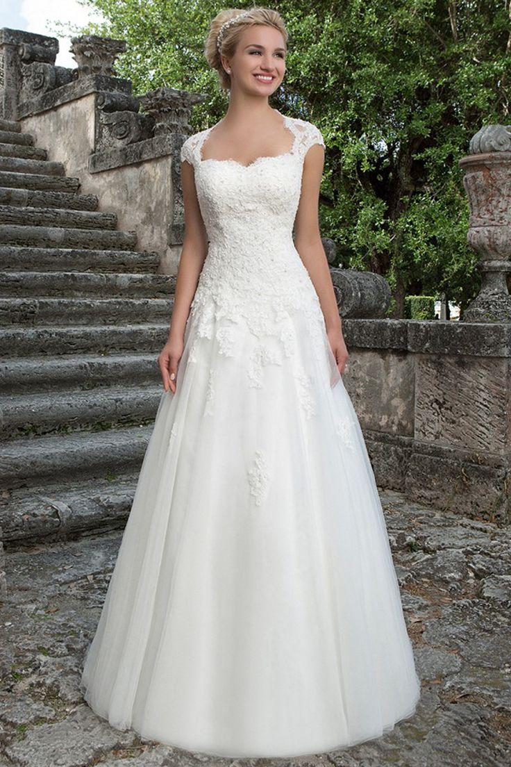 Best Glamorous Wedding Dresses By Justin Alexander