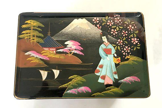 Geisha Midcentury Music Box $38