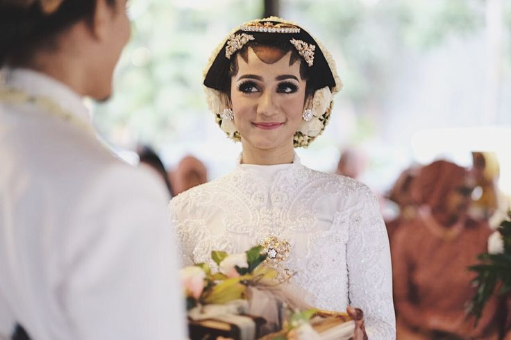 #JavaneseBride #Bride #javanesewedding #indonesianwedding #indonesia #wedding
