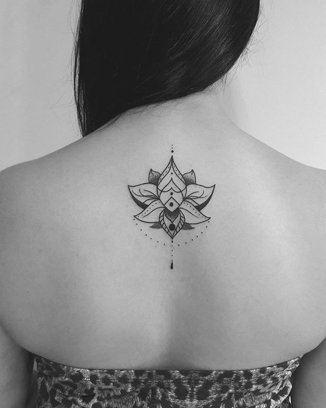 Flor de lótus #creation #drawing #design #tattoo #tattoos #flowers #blackwork #blackandwhite #girl #love #instagram #artist #smile #tattoo2me #inspirationtatto #news #color #work #art #photographer #photooftheday #pic #world #picture #picoftheday #like4like #followme #now #black #white