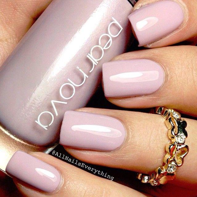 Pearnova Nail polish in (Clairvoyance)