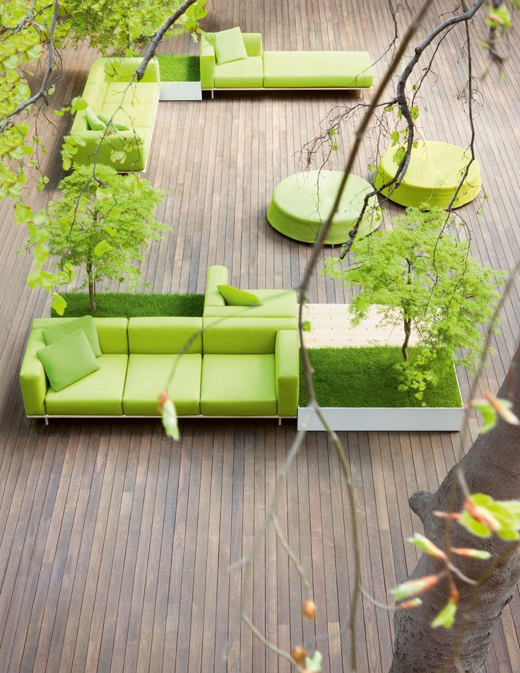 Fantastic balcony with grass boxes, lounges/chaise, wood - Paola Lenti