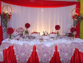 Decoração de noivado vermelho e branco