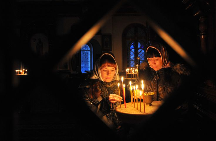 Orthodox Christmas in Bishkek, Kîrghizstan,  6 January 2013. (  Vyacheslav Oseledko / AFP  )