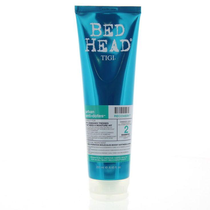 Tigi Bed Head Urban AntiDotes Recovery Shampoo Damage Level 2  Description: Bed Head Urban AntiDotes Recovery Shampoo Damage Level nr 2. Heb je je haar geverfd en beschadigd? Blaas je dof haar weer leven in met deze shampoo die speciaal geschikt is voor droog beschadigd haar dat hydratatie nodig heeft. Het haar word onmiddelijk en langdurig zachter en glanzend.  Price: 9.31  Meer informatie