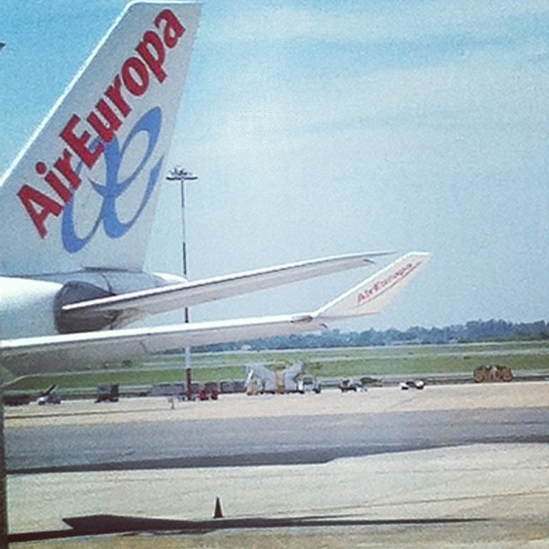 #fly #love# areoporto #argentina #instagram#air#airEuropa#europa - @gretafru- #webstagram
