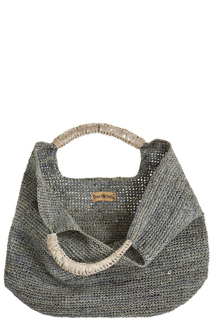 Delicate handbag - gorgeous picture