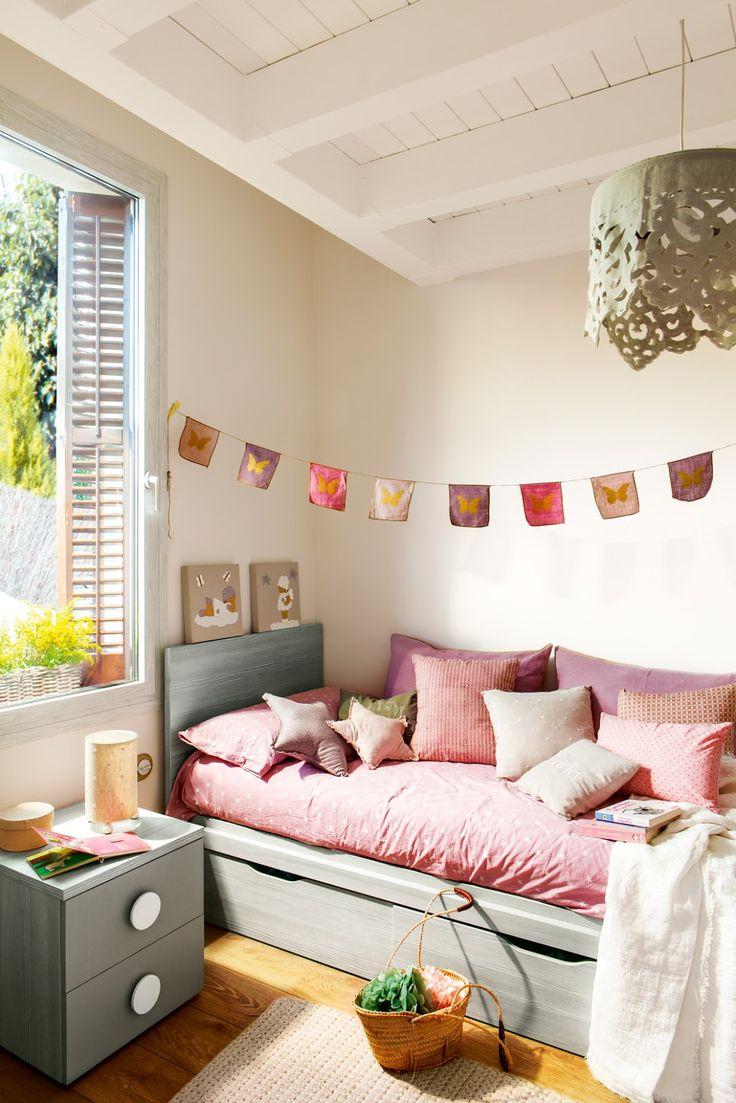 quartos   Seus quartos devem ter cor, ser confortáveis, claros e ter espaço para estudar e guardar suas roupas e brinquedos.   Lembre-se qu...