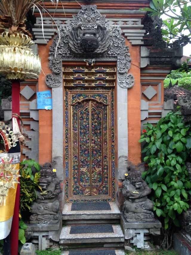Beautiful carved door, Ubud.
