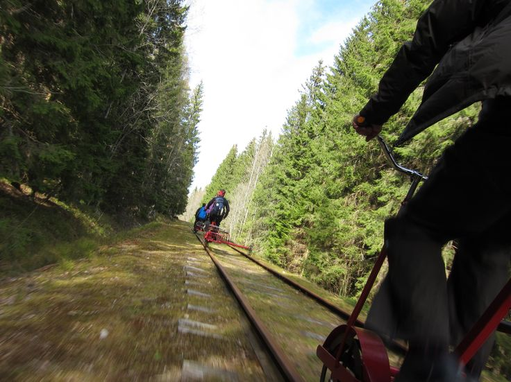 A diffrent way to discover Sweden is by railway trolley on old railway tracks. Photo by Fredrick Broman
