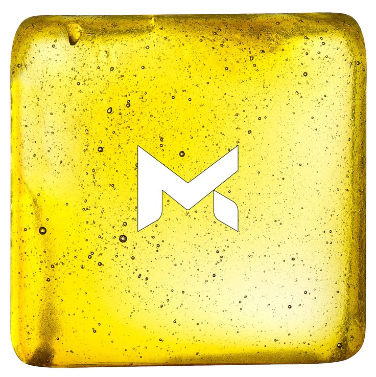 """Filtered Medropharm CBD Gold Oil / Extract - We have two different types of CBD Oil. The paste from the first extraction """"dark color"""" 7-20% CBD and the filtered version """"golden color"""" with 25-50%. Learn more about the Medropharm product range, get in contact with us:  www.medropharm.ch  Like us on Facebook: www.facebook.com/medropharm  #thc #medicalmarijuana #Cannabidiol #cbd #weed #medropharm"""