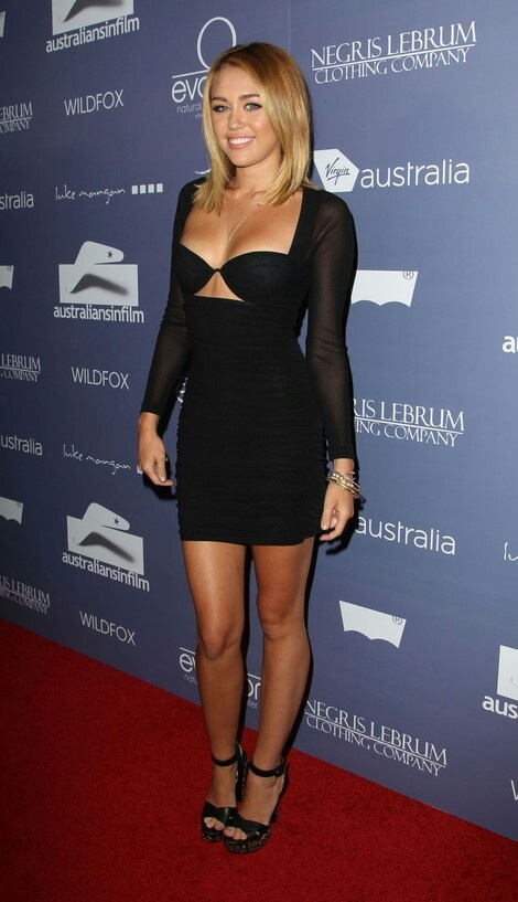 Miley Cyrus - probly my favorite look of hers, right before she chopped her hair completely off.