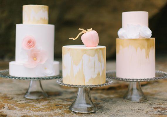 Blush and gold wedding cakes #pink #gold #cake #wedding