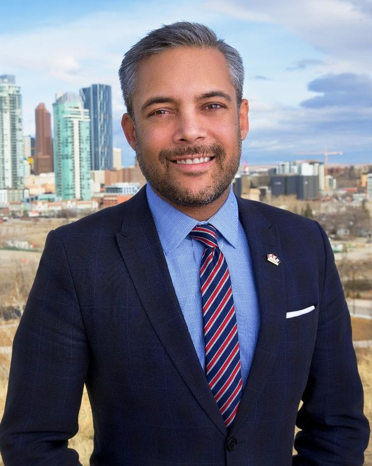 The last four elections have not been kind to the Alberta Liberal Party, with their seats dropping from a high of 16 in 2004 to just 1 in the 2015 election. David Khan is hoping to reverse that as he campaigns to be the next leader of the party. If David wins, he will be the first openly gay leader of...