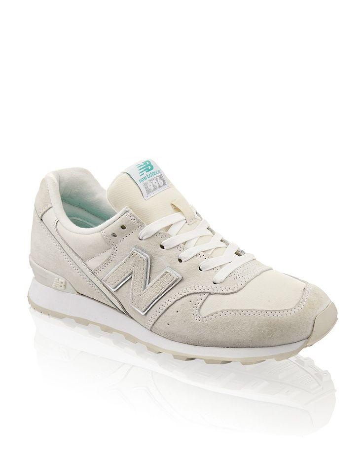 HUMANIC - White New Balance Sneaker 996 - http://www.humanic.net/at/Damen/Schuhe/Sneaker/New-Balance-996-beige-1711118796