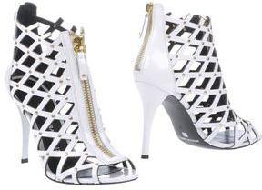 #YOOX                     #women boots              #Pierre #balmain #Women #Footwear #Ankle #boots #Pierre #balmain #YOOX        Pierre balmain Women - Footwear - Ankle boots Pierre balmain on YOOX                                    http://www.seapai.com/product.aspx?PID=641781