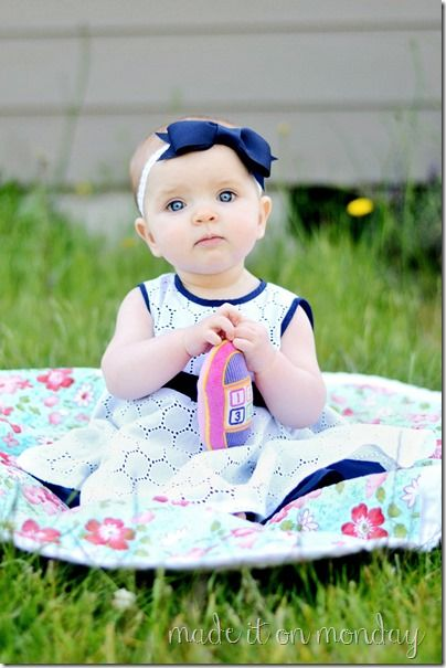 The eyelet Circle Dress by Made it on Monday--free Pattern ( 6-9 months)  & Tutorial