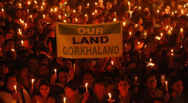 Gangtok: Sikkim Chief Minister Pawan Chamling today extended his support for a separate Gorkhaland state saying it would fulfil the constitutional demand of the people of Darjeeling hills and also bring permanent peace in the region. In a letter to Union Home Minister Rajnath Singh, he said,...