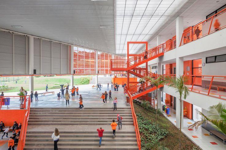 Colégio Positivo Internacional - Galeria de Imagens   Galeria da Arquitetura