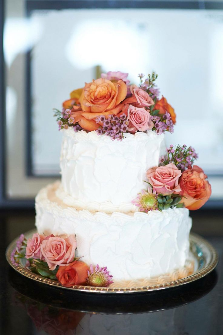 Best 10 Small wedding cakes ideas on Pinterest  Wedding cupcakes Cupcake towers and 2 tier