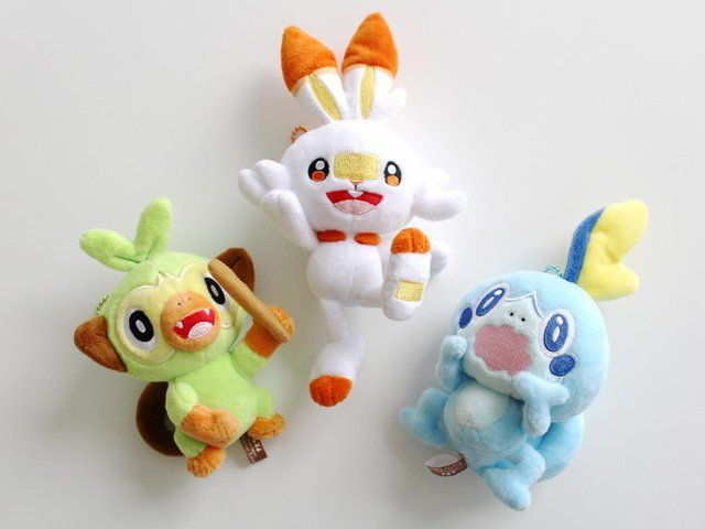 Grookey Scorbunny Sobble Pokemon Gen 8 Galar New Plush Toys In 2020 Christmas Ornaments Pokemon Novelty Christmas Engage your family and friends in a little competition with these fun christmas games, for kids, adults, and everyone else. grookey scorbunny sobble pokemon gen 8