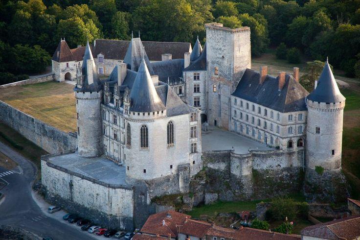 Château de la Rochefoucauld ~ Charentes ~ France