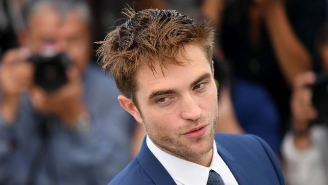 Robert Pattinson'Good Time' photocall, 70th Cannes  http://variety.com/2017/film/news/robert-pattinson-on-shedding-his-movie-star-looks-for-cannes-drama-good-time-1202444091/