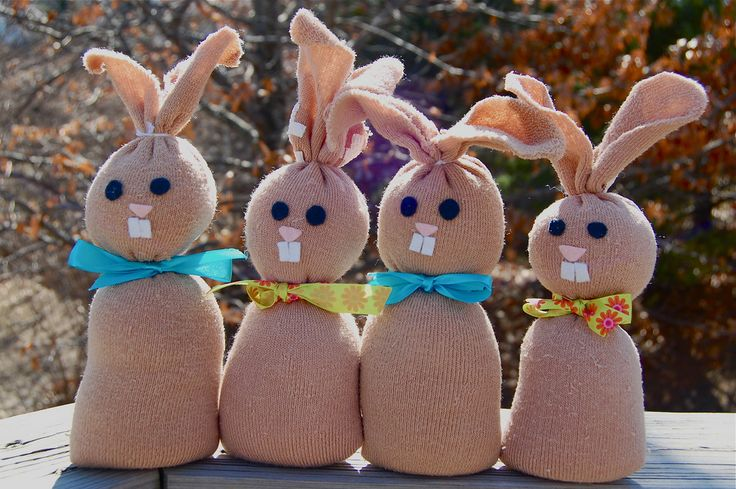 Super cute -- bunnies from socks and rice. Who wouldn't want a bunch of these little guys hopping around?