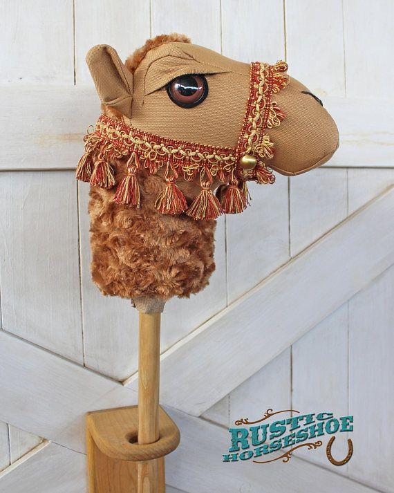 Palo de juguete de montar en camello caballo marrón