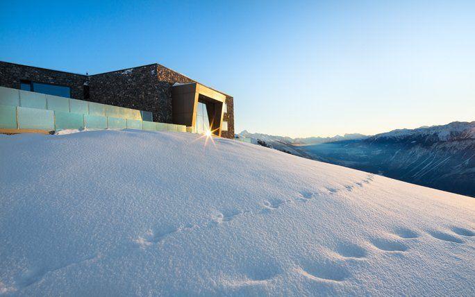 Skiferien Schweiz: Übernachten direkt an der Piste